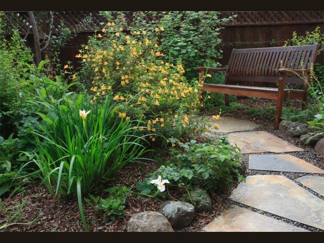hazelton3-april-garden-w-bench-bordered